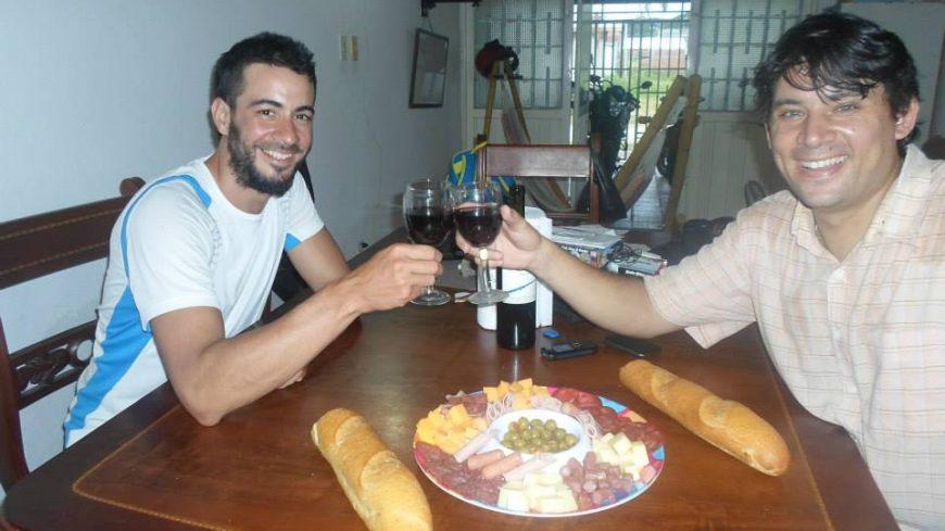 Alejandro Cardini (en la derecha de la imagen)
