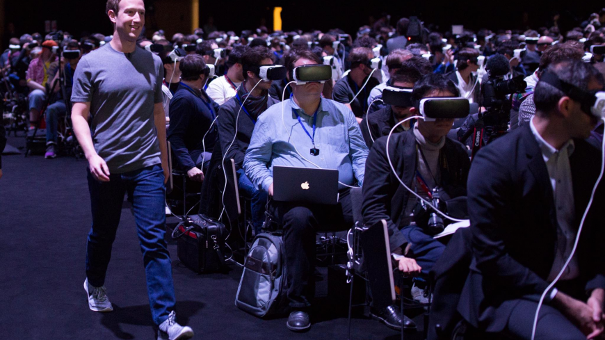 Zuckerberg no ve mucho futuro a los teléfonos inteligentes.