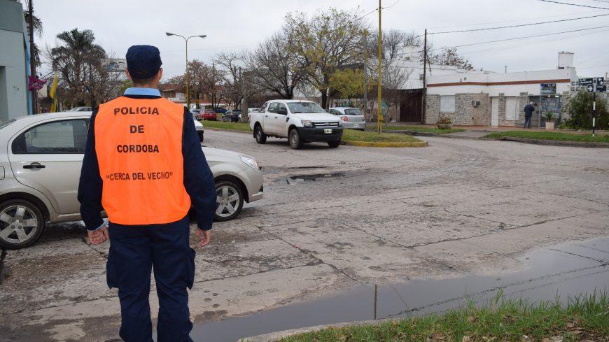 La Policía Barrial camina las calles de la ciudad