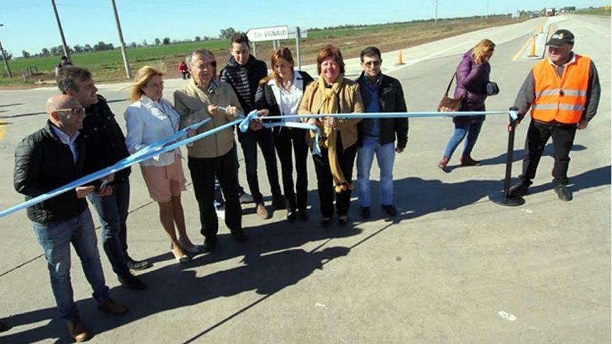 Inauguración acceso a Colonia Vignaud