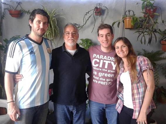 Miguel y sus hijos Franco, Rafael y Julieta, en su último viaje a San Francisco.