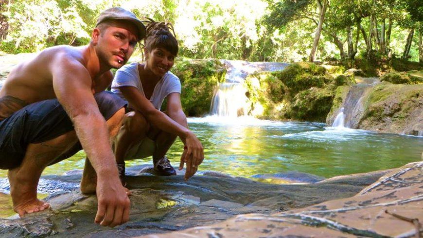 Conoció a Evan, su novio canadiense en México. Hoy, comparten sus vidas en las Islas Caimán