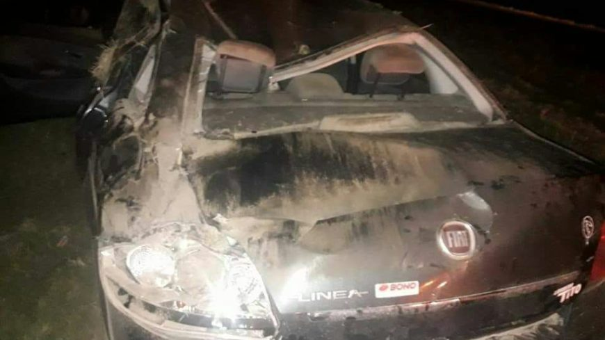 Así quedó el automóvil luego del accidente