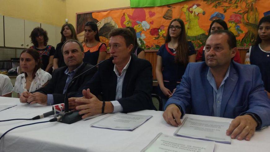 El intendente en la guardería Manuel Belgrano durante el comienzo del ciclo 2018